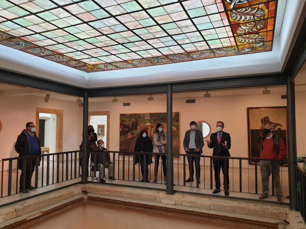 amigos-museo-bellas-artes-visita-palacio-velarde-07