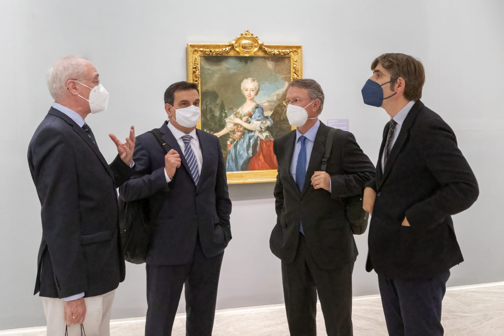 amigos-museo-bellas-artes-benefactor-visita-colegio-medicos-01